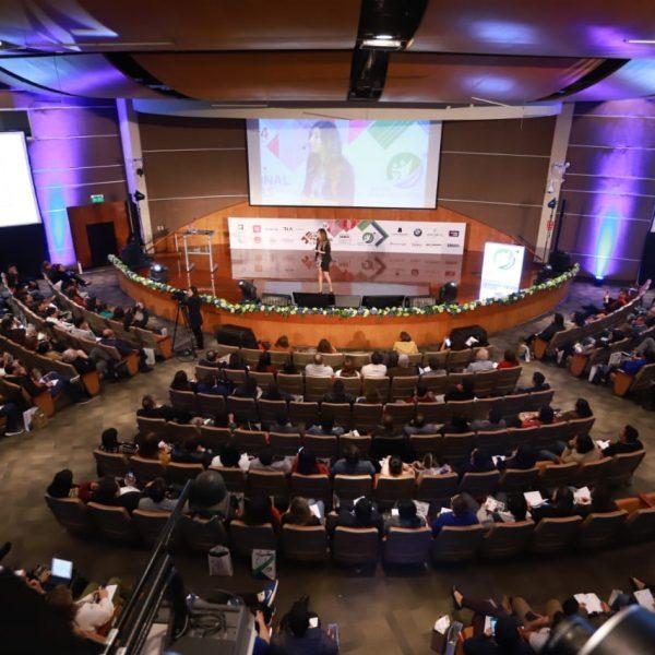 Conferencia Congreso de Ventas de Perú 2019 Mónica Galán Bravo